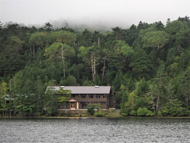 湖畔の白駒荘