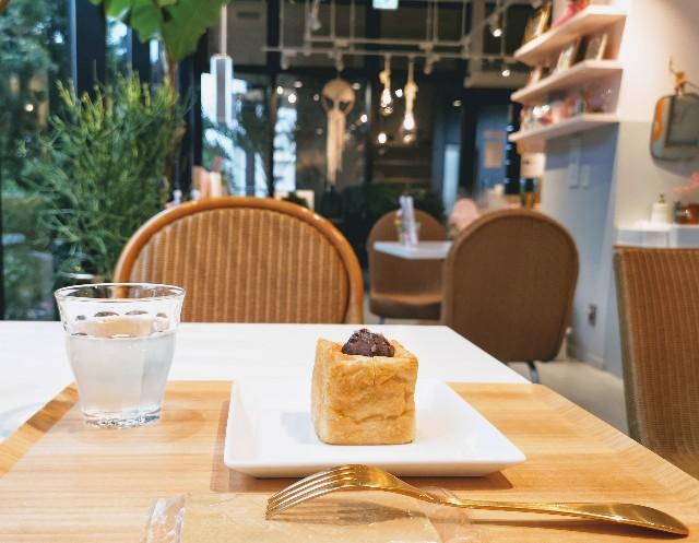 東京さんぽ・立川 グリーンスプリングス「FLOWERS BAKE&ICE CREAM」店内とあんこバター