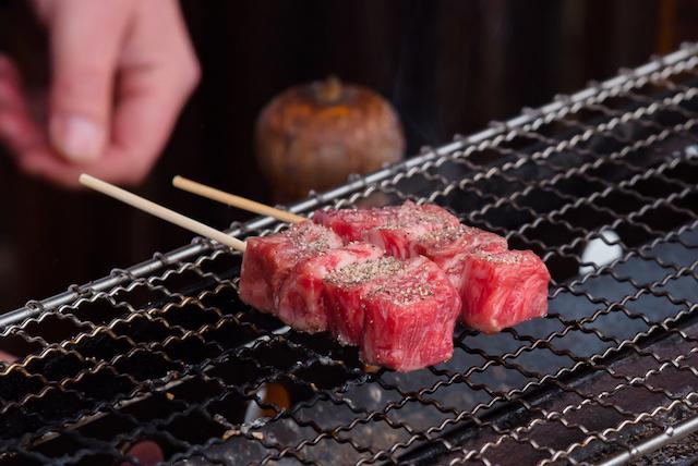 飛騨牛串焼き