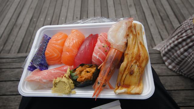 山口県下関市唐戸市場の寿司