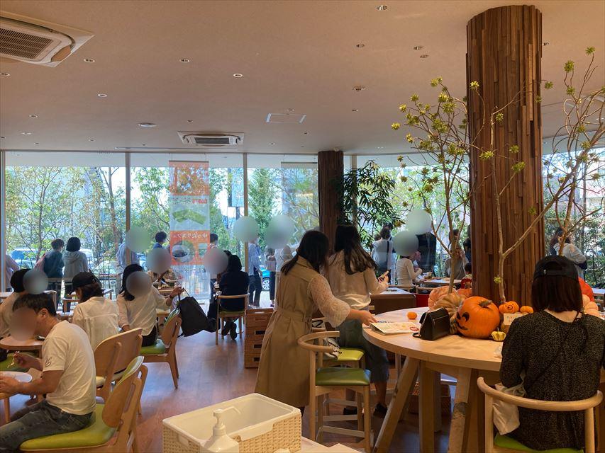 マールブランシュ ロマンの森 カフェスペース