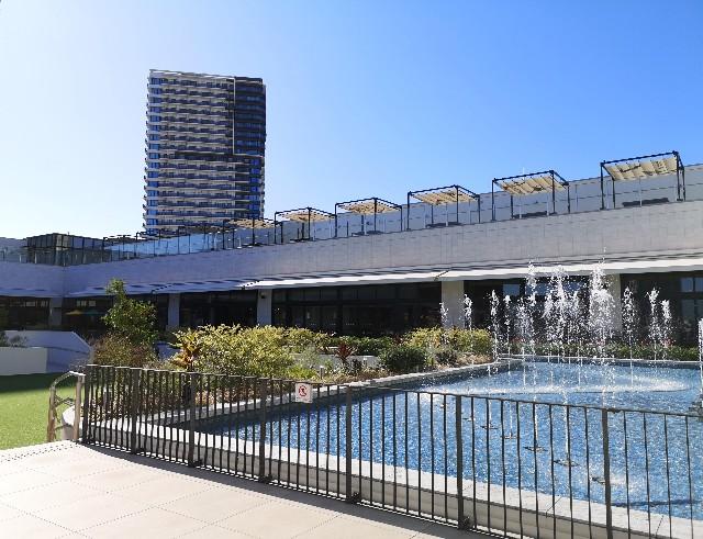 東京都・有明ガーデン「水のテラス」