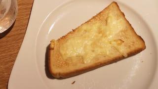 東京都・三鷹市「むさしの森珈琲 三鷹牟礼店」モーニングサービスのチーズトースト