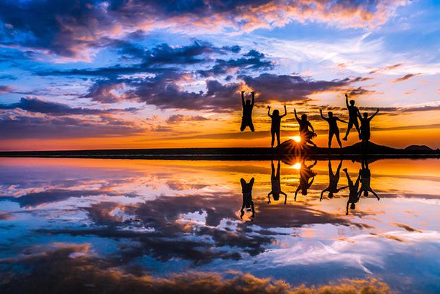 ウユニ塩湖のような「香川県・父母ヶ浜」