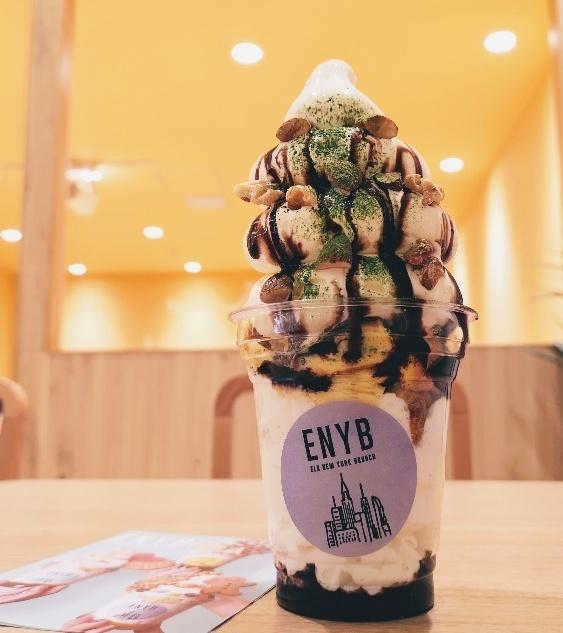 東京都お台場・「エルク ニューヨーク ブランチ」のMYポップサンデー