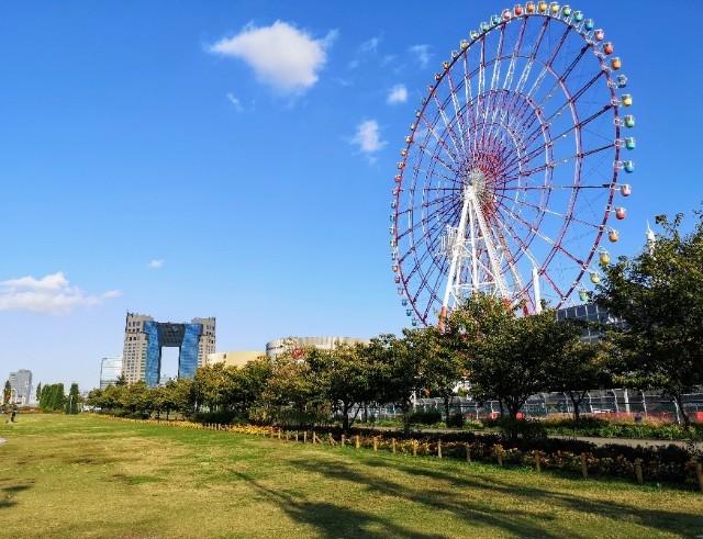 東京都お台場・「パレットタウン大観覧車」広場