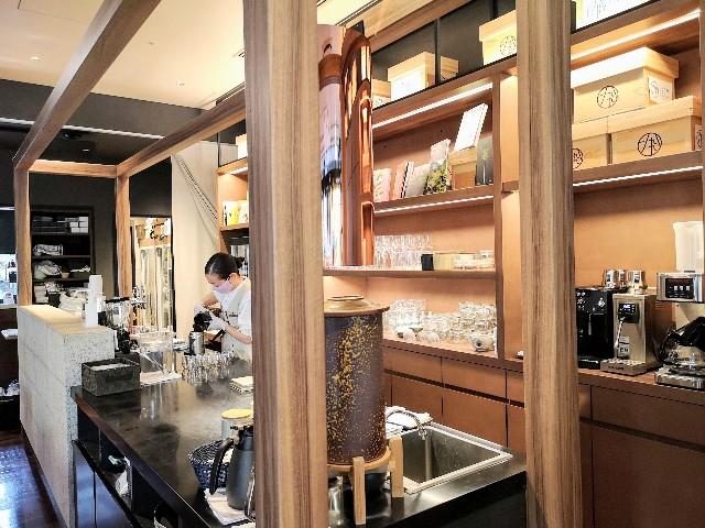 東京・御茶ノ水「RESTAURANT 1899 OCHANOMIZU」茶香炉のカウンター