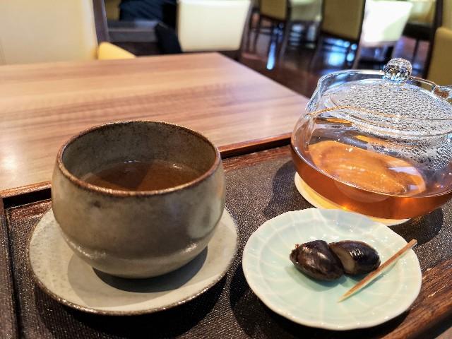 東京・御茶ノ水「RESTAURANT 1899 OCHANOMIZU」の「ほうじ茶と山椒のブレンド茶」