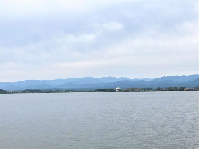 潟と白山連峰