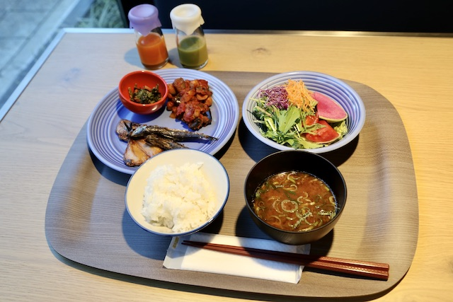 名古屋 朝食