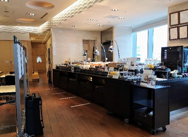 東京・「ホテル龍名館東京」花ごよみ東京(朝食・東京ブッフェ)ビュッフェ台