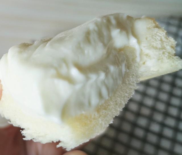 福島・モンリブランの「クリームボックス」温めた後のとろけるクリーム
