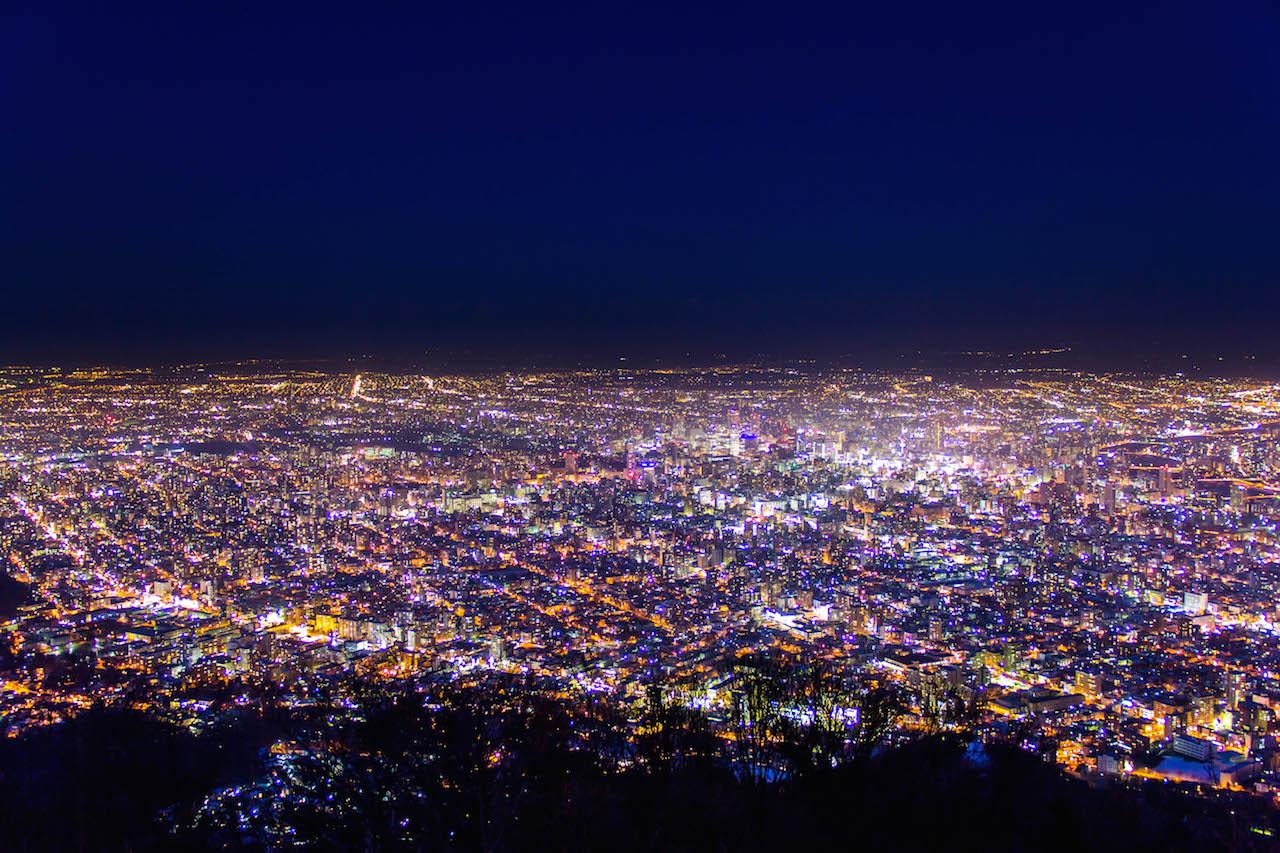札幌市藻岩山から札幌市内の夜景