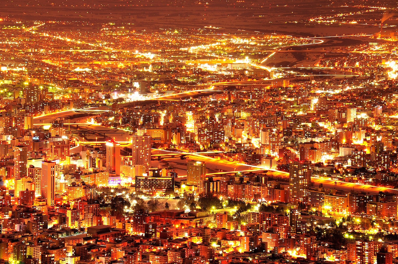 札幌 藻岩山から札幌市の夜景