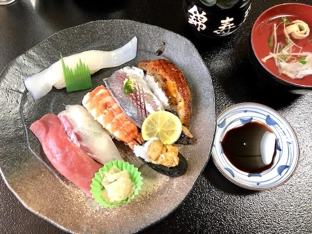 シャリを覆い隠すネタの大きさが衝撃的!寿司好きならば一度は訪れてほしい佐伯市【大分県】
