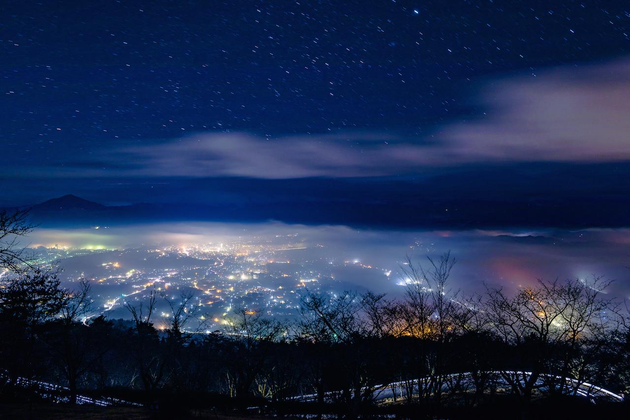 埼玉県秩父市 美の山公園雲海