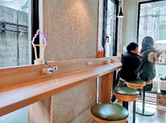 熊本県・下通り・熊本ソフトクリーム「LIB CAFE」店内カウンター