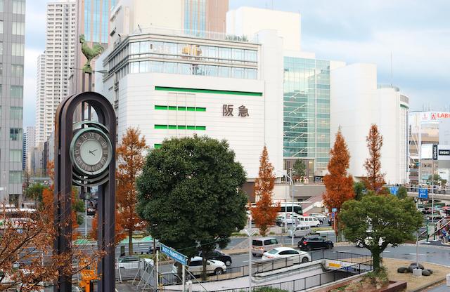 兵庫県神戸市三宮駅前