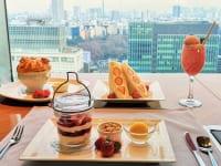 東京都・新宿「小田急ホテルセンチュリーサザンタワー」20階から眺めながらストロベリーフェア