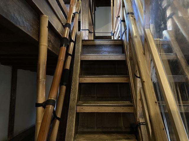 松本城階段