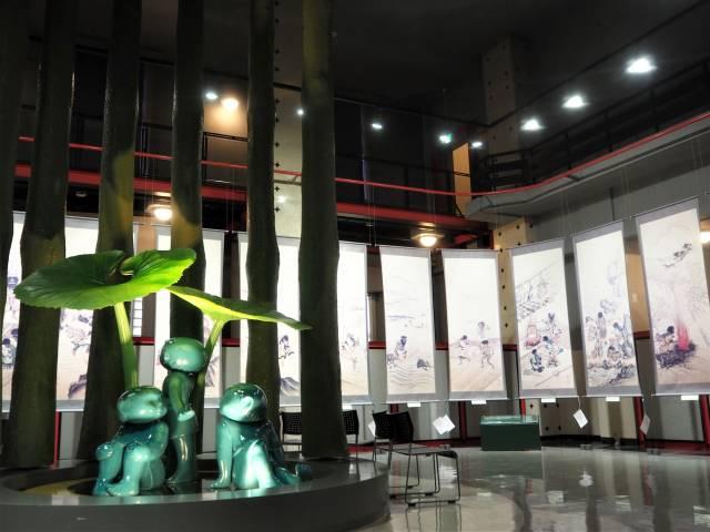コロボックル像