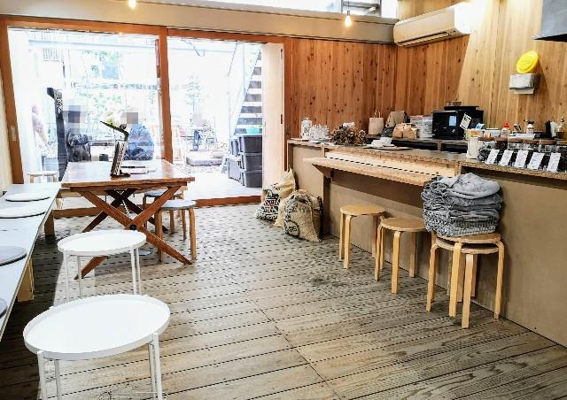 熊本県熊本市・ソーシャルデザインパークカフェ「OMOKEN PARK」店内