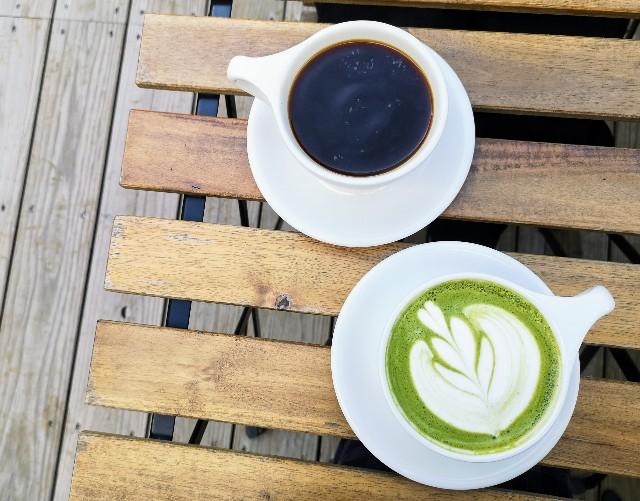 熊本県熊本市・ソーシャルデザインパークカフェ「OMOKEN PARK」アメリカーノと抹茶ラテ