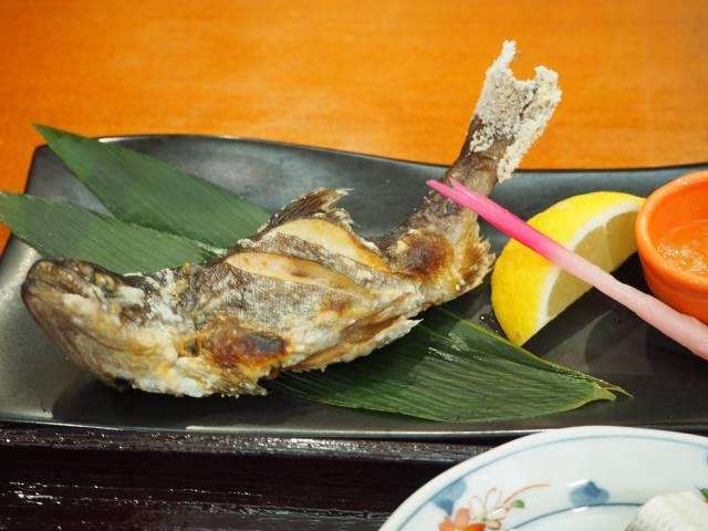 山女魚塩焼
