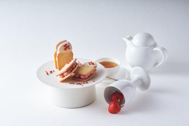 フェアリークリームウィッチ いちごラズベリー生バターサンド