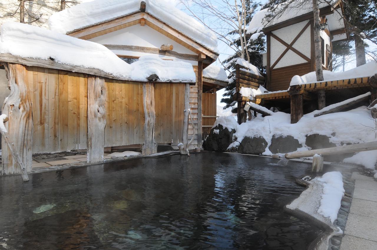 糠平温泉中村屋 雪見風呂