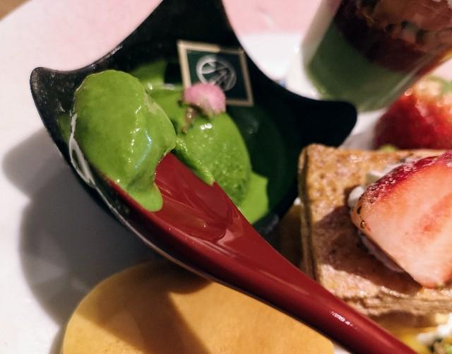 東京・御茶ノ水カフェ「RESTAURANT 1899 OCHANOMIZU(レストラン 1899 お茶の水)」1899アフタヌーンティープレート(濃茶アイス)