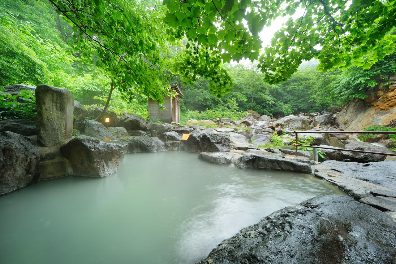 滑川温泉福島屋 岩の露天風呂