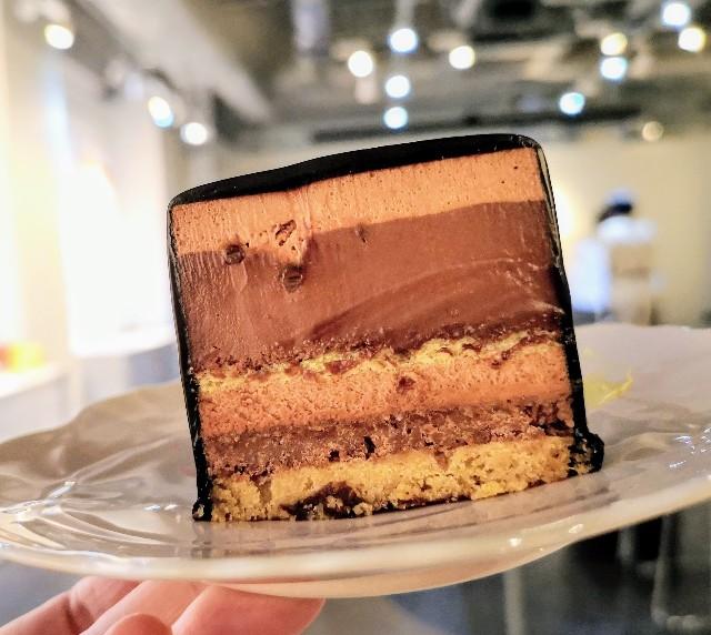 東京・池袋、東京駅スイーツ店「BUTTER STATE's」7層もの食感 チョコレートフルコース