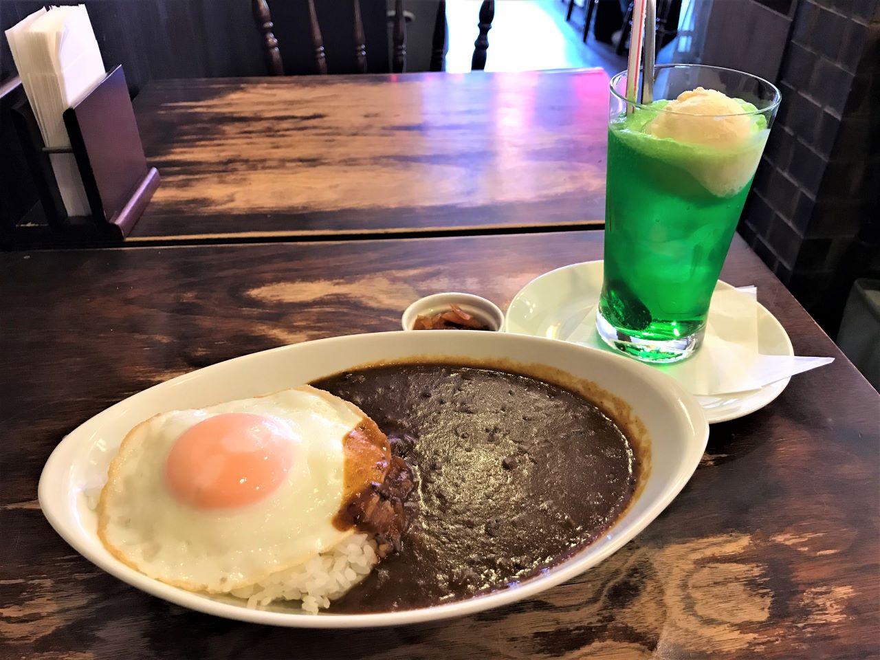 【京都】つい立ち寄りたくなるレトロカフェ。カレーライスがおいしい「喫茶チロル」