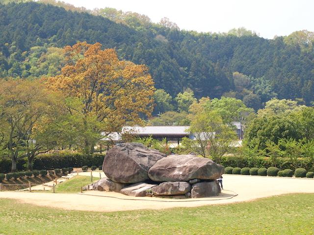 奈良県飛鳥石舞台古墳