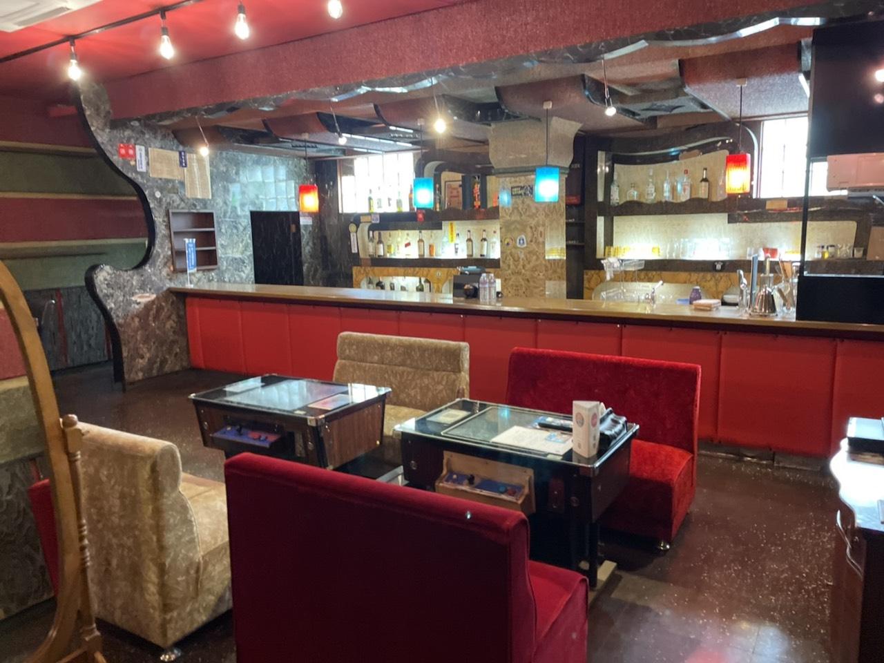 【食べて、飲んで、旅をして10】沖縄・コザのキャバレーをリノベーションしたホテルで海外気分