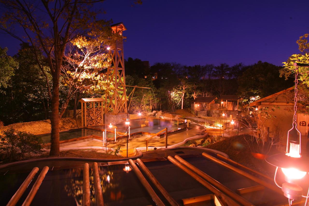 辰口温泉 たがわ龍泉閣「田んぼの湯」夜景