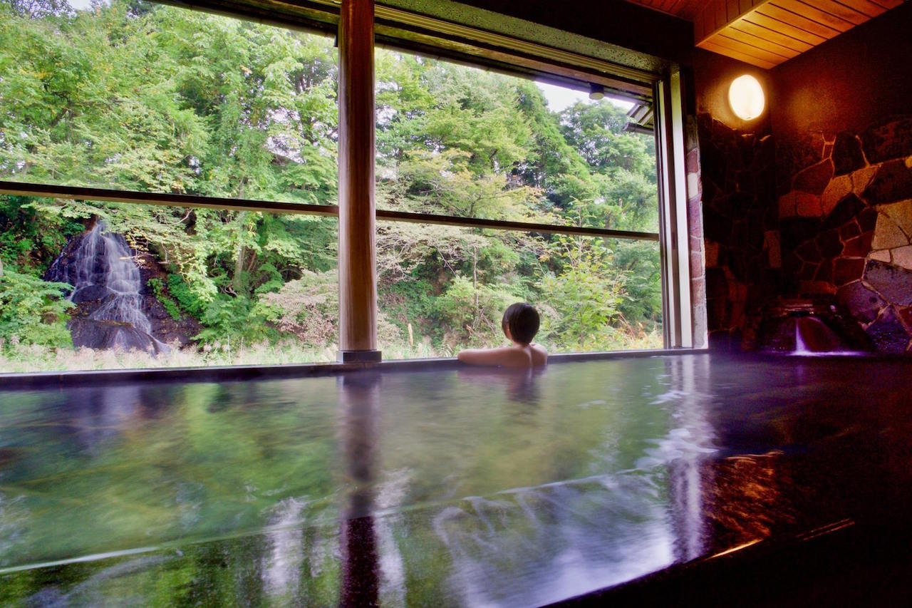 鉛温泉 藤三旅館 白糸の湯