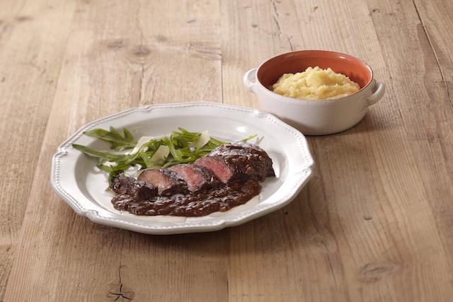 牛ハラミ肉のビステッカ&マッシュポテトセット