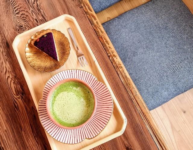 奈良県・ビーガンカフェ「onwa」タルト、抹茶チーノ