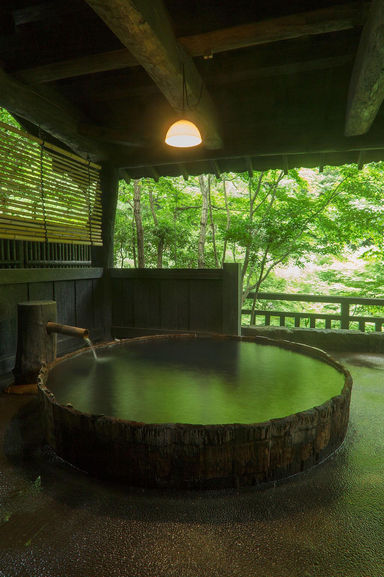 黒川温泉 山河 貸切露天風呂 六尺桶風呂