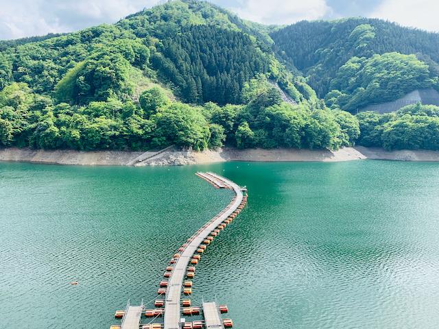 東京都西多摩郡奥多摩湖