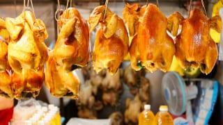 台湾の市場の鶏肉