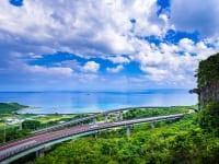 沖縄県ニライカナイ橋