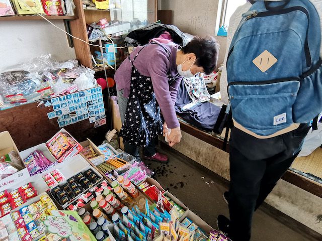 いながきの駄菓子屋探訪43山梨県笛吹市長瀬商店8
