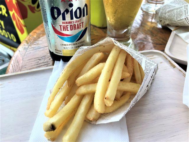 ポテトフライとオリオンビール