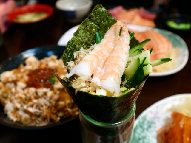 エビの手巻き寿司