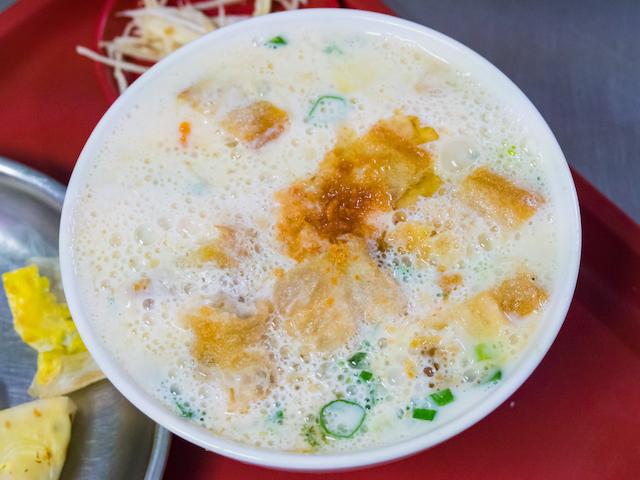 台湾の鹹豆漿(シエンドウジャン)