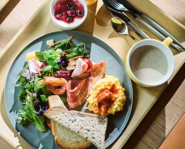 「進々堂」の食パンを使用した朝食