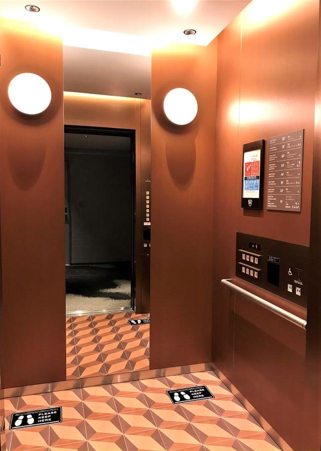ザ ロイヤルパーク キャンバス 京都二条 エレベーター